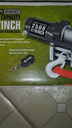2500 Winch for Sale in Lakehills,  TX