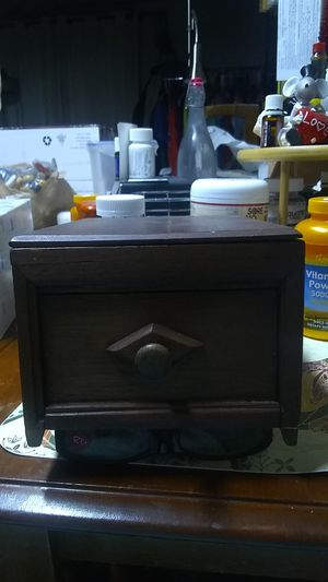 Woodbox with attached mirror for Sale in Shelton, WA