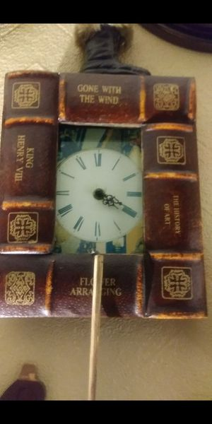 Antique leather bound book boarder clock for Sale in Long Beach, CA