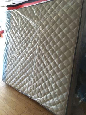 New Plush King Mattress for Sale in Lynchburg, VA