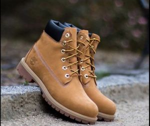 Brand *New* Waterproof Wheat 🌾 10061 Timberland Men's Boots for Sale in Downers Grove, IL