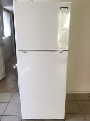 Chef Mate Refridgerator (less than a year old) for Sale in Anaheim, CA