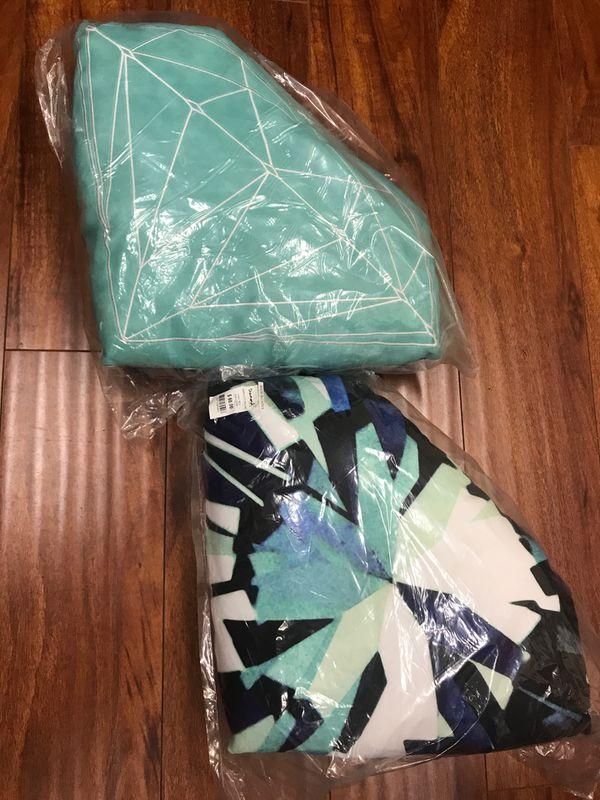 Diamond supply pillows