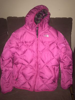 XL Girls North Face winter coat for Sale in Melrose, MA