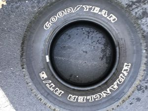 Tire 245/75/16 for Sale in Evansville, IN