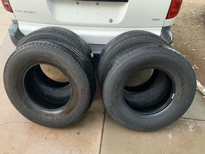Tires in good condition 75% life V STEEL RIB 265. 245/75/16 for Sale in Glendale, AZ