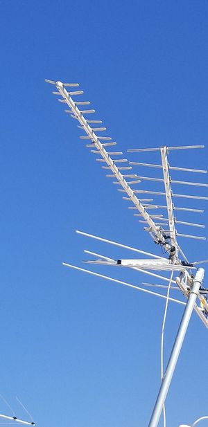 Antena pick up today firm price for Sale in Perris, CA