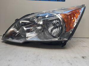 2007 2011 Honda Crv headlight for Sale in Lynwood, CA