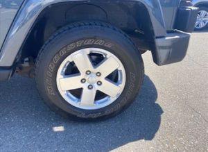 New Jeep 2008-12 wheel and tire for Sale in Chula Vista, CA