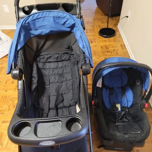 Graco Click Connect Stroller And Car Seat for Sale in Seattle, WA