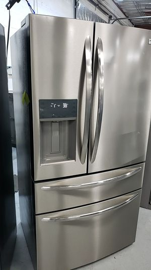 Frigidaire gallery smudge-proof stainless four door refrigerator with ice and water for Sale in Tempe, AZ