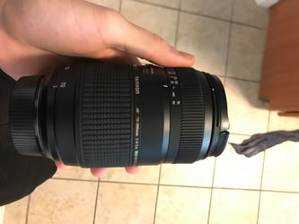 TAMRON 70-300mm tele-macro lens for Nikon for Sale in Austin,  TX