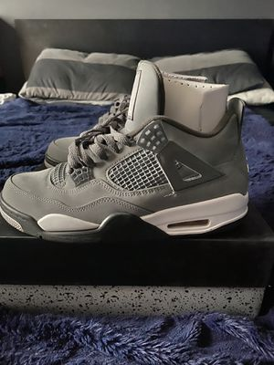 Jordan 4 cool grey size 9.5 for Sale in Tampa, FL