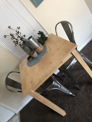 rare used. Wood table with metal chairs brand new for Sale in St. Petersburg, FL