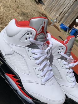 jordan 5 fire red (silver tongue) for Sale in Oklahoma City,  OK