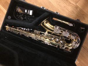 Yamaha YAS-23 Made in Japan! Perfect Condition, bought it in 2017 from the famous Hammer Woodwinds but only played it few times! And I took care of h for Sale in Fort Lee, NJ