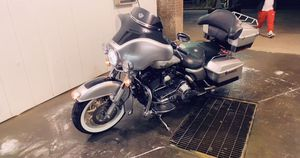 2003 Harley Davidson Ultra Classic 18,000 miles for Sale in Spring Hill, TN