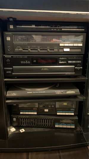 Stereo system with turn table & CD player for Sale in Austell, GA
