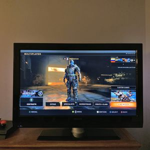 """Philips TV 42"""" 42PFL7422D/37B HDMI TV for Sale in Colorado Springs, CO"""