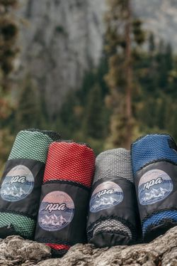 Light Weight Microfiber Travel Towel Outdoors Camping - Fast Dry for Sale in Anaheim,  CA