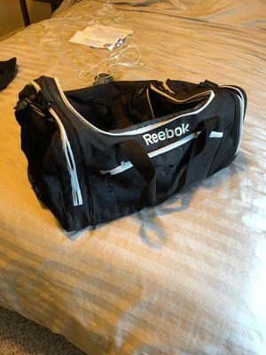 Reebok duffle bag for Sale in Humble, TX