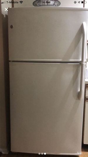 Package - GE fridge, whirlpool dishwasher, whirlpool stove for Sale in Hamilton Township, NJ