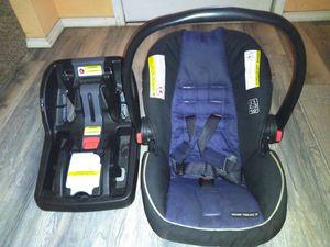 Graco car seat & base for Sale in Dallas, TX