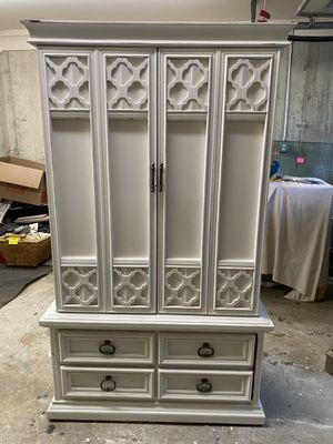 Armoire for Sale in Hasbrouck Heights, NJ