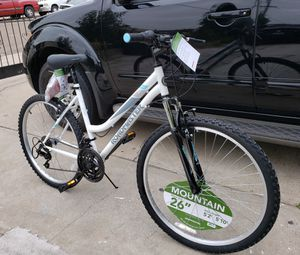 Mountain bike 26 inch tires Roadmaster unisex bicycle 18 speed BRANDNEW NEWLY ASSEMBLED -READY TO RIDE- for Sale in National City, CA