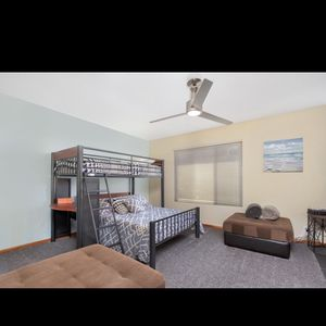 Bunk Beds, Twin And Full for Sale in San Diego, CA
