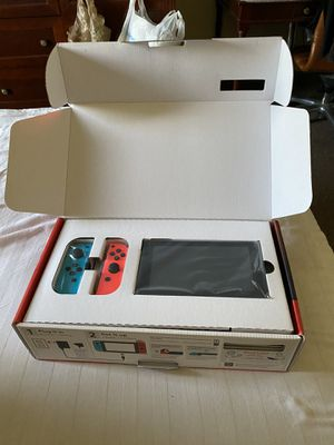 NEW Nintendo Switch Console 32GB for Sale in Davie, FL