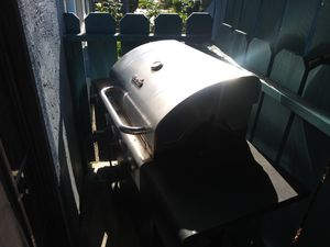 **Char Broil Grill with Propane Tank** for Sale in San Diego, CA