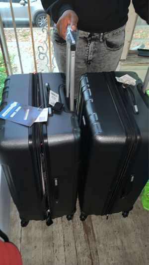 2 Samsonite luggage suitcase for Sale in Washington, DC