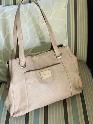 Womans Nine West purse nude color goes with everything $$$25 in Fontana for Sale in Fontana, CA