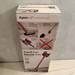 Brand New Dyson V7 Motorhead Cord-free Stick Vacuum. for Sale in Cooper City, FL
