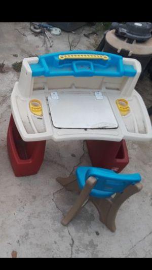 Fisher Price Kid Desk Furniture Toddler Toy for Sale in El Monte, CA