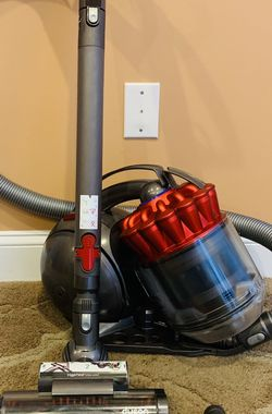 Dyson DC 39 canister vacuum cleaner for Sale in Raymond,  NH