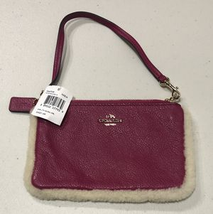 New Coach Wristlet in Leather & Shearling for Sale in Castro Valley, CA