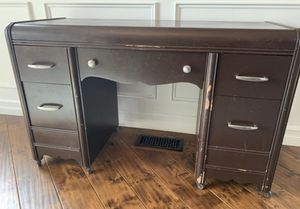 Antique desk, great for your next painting project! for Sale in Lake Tapps, WA