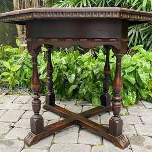 Antique Kittinger Octagonal Solid Mahogany Table for Sale in Miami, FL