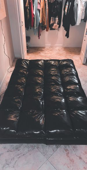 Black leather Futon for Sale in Mesa, AZ