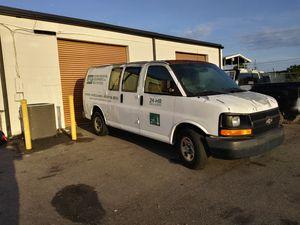 2006 chevy cargo van 1500 for Sale in Jacksonville, FL