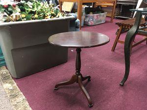 Small table for Sale in Big Rapids, MI
