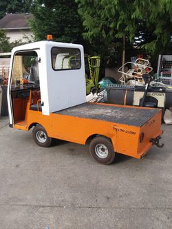 Taylor Dunn electric cart with head light and tail light whipper blade everything works great runs great not street legal for Sale in Lake Stevens,  WA