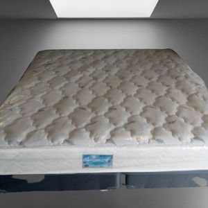 King Size Orthopedic Bed for Sale in Orlando, FL
