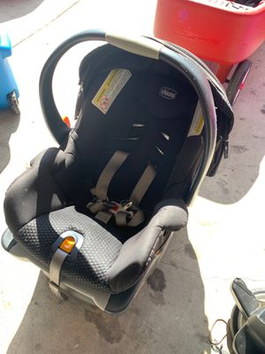 Chicco keyfit 360 car seat for Sale in Whittier, CA