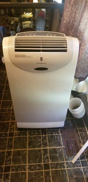 Friedrich portable air conditioner/heater/dehumidifier for Sale in Jonesboro, GA