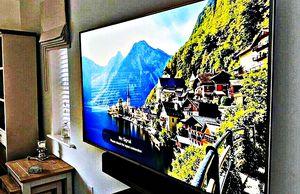 LG 60UF770V Smart TV for Sale in Laingsburg, MI