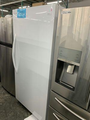 New Whirlpool upright Freezer for Sale in La Puente, CA