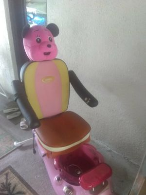 Pedicure spa chair need gone asap for Sale in Tampa, FL